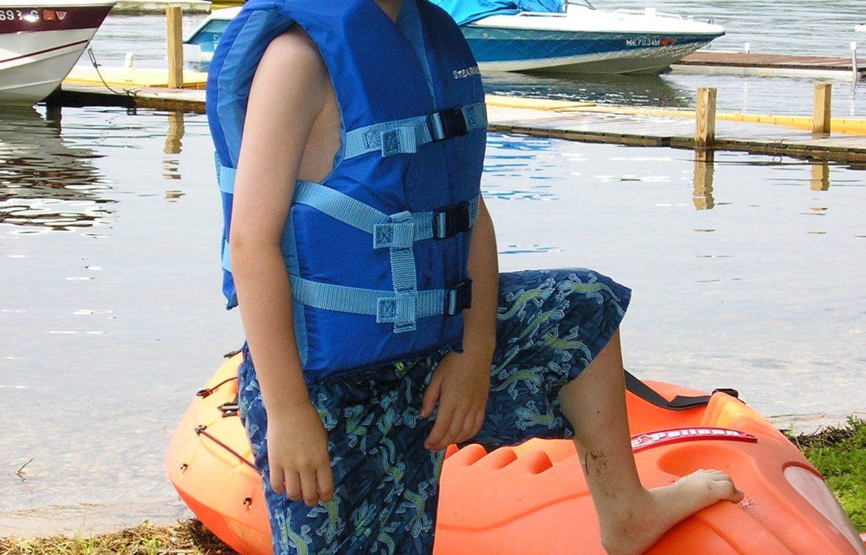 kayak_fishing_boy