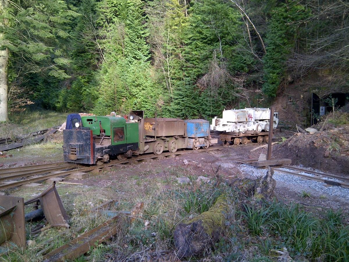 Locomotive line-up outside the mine