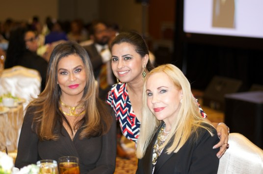 Tina Knowles, Ruchi Mukherjee, Carolyn Farb
