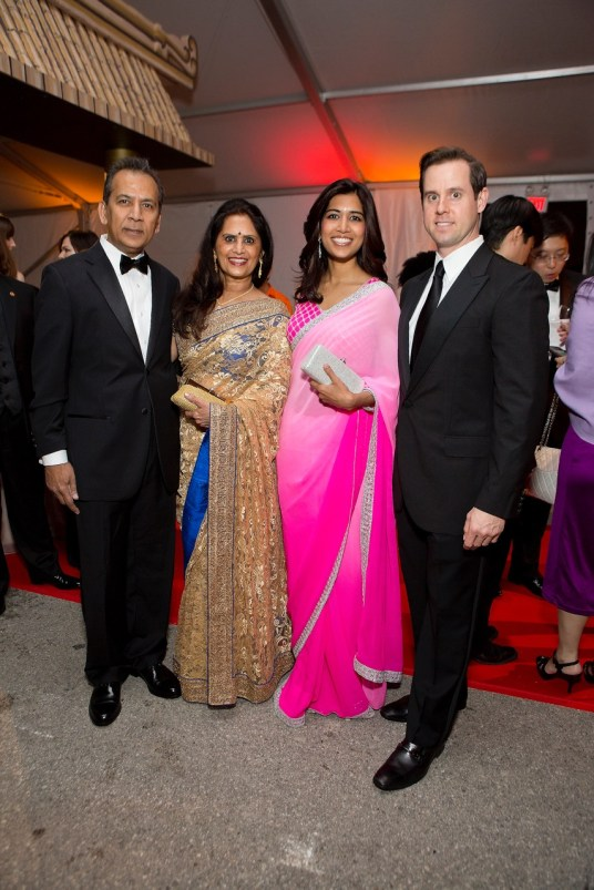 Ajit and Vimla Paralkar, Divya and Chris Brown