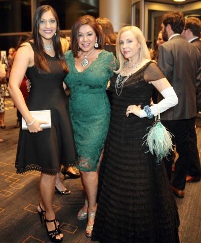 Sippi Khurana, Honorary Chair Debbie Festari and Carolyn Farb