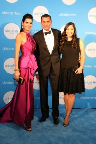 HOUSTON, TX - MAY 24: UNICEF Ambassador honoree Angie Harmon with Ajay and Dr. Sippi Khurana at the fourth annual UNICEF Audrey Hepburn® Society Ball on May 24, 2017 in Houston, Texas.