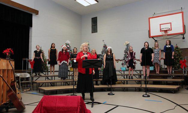 School Choir's Perform Winter Concert at PVHS
