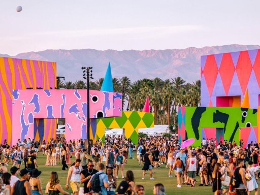 Amazon opens curated storefront for Coachella