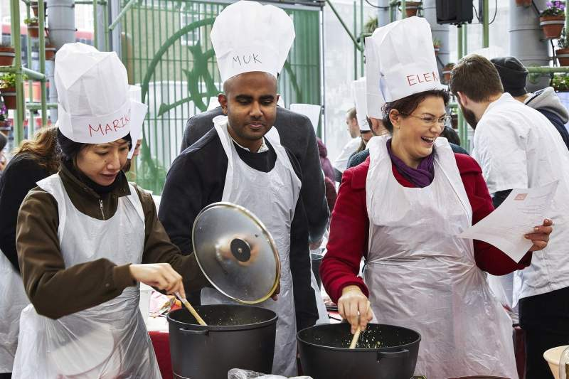 #Wokfor1000 will attempt to cook 1000+ meals in one day in Borough Market 13