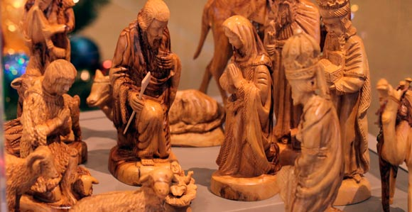 Church History Museum Hosts International Christmas Crche