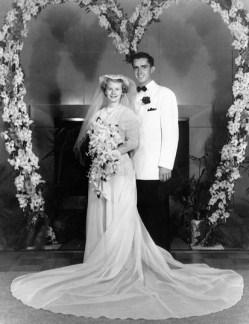 Barbara and Russell Ballard día de su Boda
