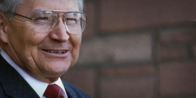 Funeral Services Scheduled for Elder L. Tom Perry