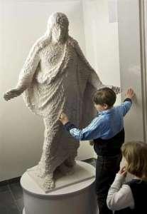 lego_jesus_statue_child