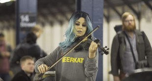 """Lindsey Stirling Debuts """"Hallelujah"""" for Church's Campaign"""