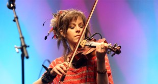 """Lindsey Stirling on Anorexia, New Book: """"I Didn't Realize What It Had Done to Me."""""""