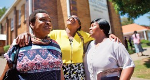 3 Ridiculously Easy Ways to Empower Women at Church