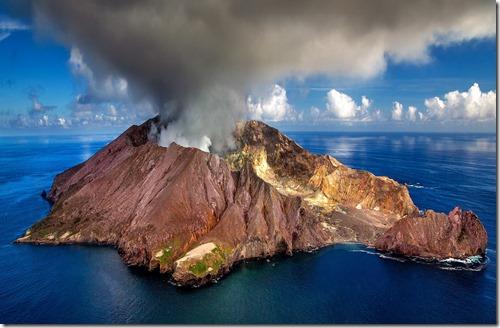Volcan-Julius Silver