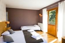 Chambre communicante à l'hôtel le Chalet à ax les Thermes en Ariège Pyrénée
