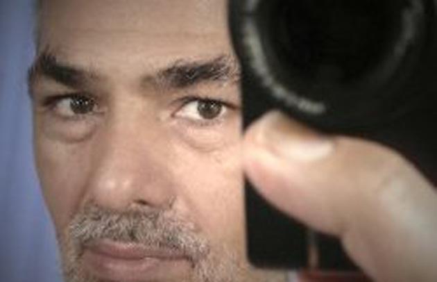 Rétrospective du photographe Carlos Barrantes, à la chapelle Basse du Couvent des Minimes, rue Rabelais : jusqu'au 6 avril, puis du 15 avril au 11 mai 2014, de 10h 30 à 18h (sauf le lundi).