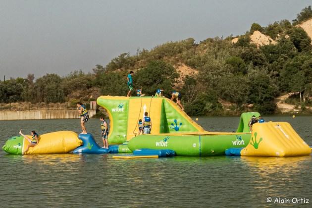 Les jeux gonflables sur l'eau
