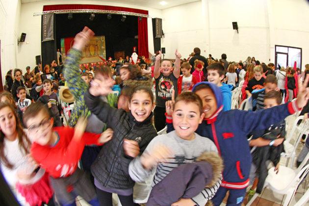 700-enfants-des-ecoles-du-soler-reunis-pour-le-spectacle-de-noel