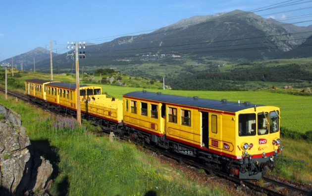 Train-Jaune-Font-Romeu