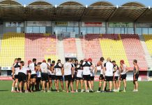 dedicaces-seance-photo-dragons-catalans-a-toulouges
