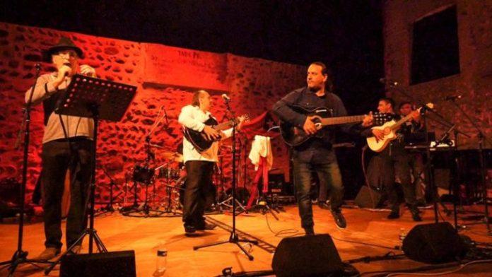 col-lectiu-angelets-de-la-terra-concert-historique-pour-la-musique-en-catalan-en-catalogne-nord