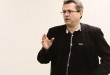 conference-debat-de-la-france-insoumise-droites-et-republique-une-histoire-mouvementee-et-contrariee
