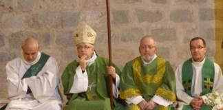 mgr-turini-en-visite-pastorale-a-baixas