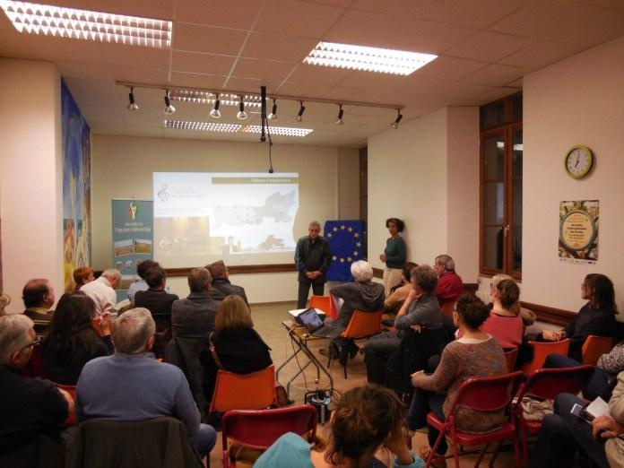 assosphere-informe-et-soutien-le-financement-des-projets-associatifs