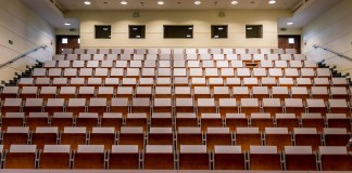 une-conference-de-iolanda-pelegri-a-luniversite-de-perpignan