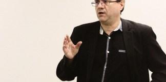 le-parti-de-gauche-met-leurope-en-debat-a-ceret-le-17-avril