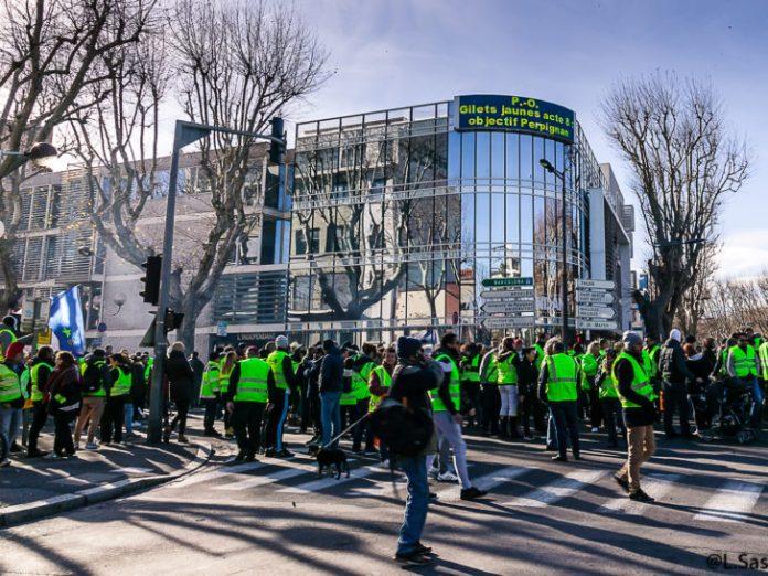2000 manifestants et motards en gilets jaunes Tribunal Perpignan Le Journal Catalan L'indépendant Perpignan