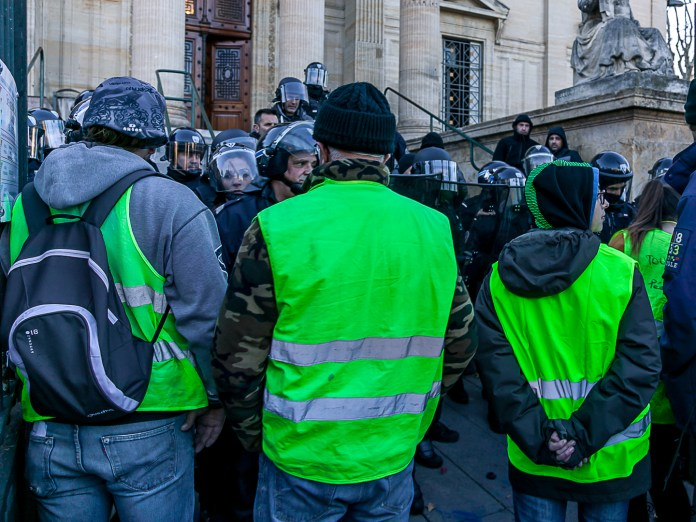 2000 manifestants et motards en gilets jaunes Tribunal Perpignan Le Journal Catalan