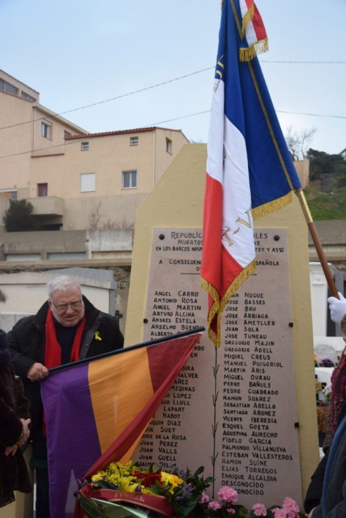 port-vendres-se-souvient-hommage-a-la-stele-des-refugies-de-la-retirada