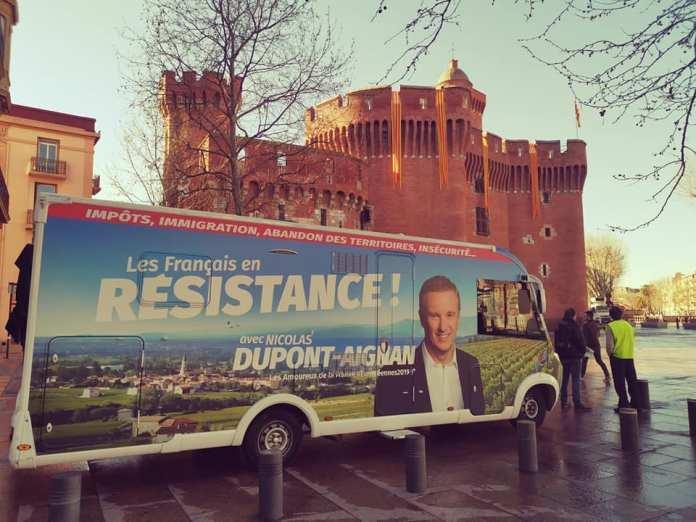 Caravane Debout La France à Perpignan