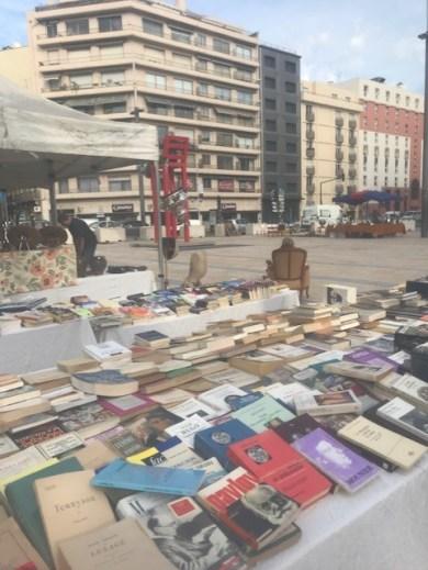 Première opération des commerçants de la place de Catalogne à Perpignan