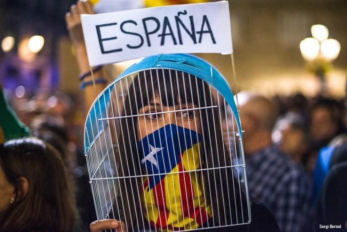 photo manif pour les prisonniers politique le 3 novembre 2017 par Sergi Bernal, loréat du principal prix du Visa Off en 2009