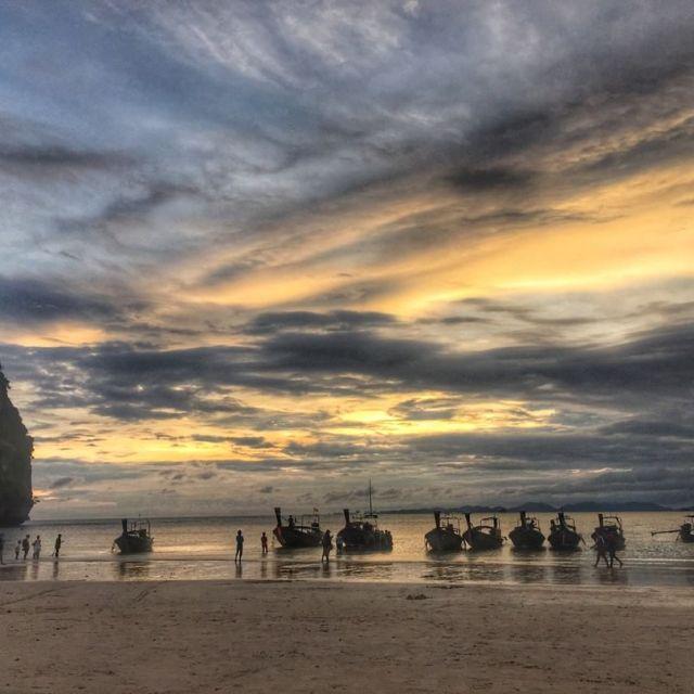 Fin de journe ensoleille sur la plage de Railay hellip