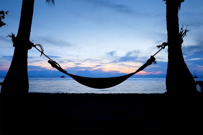 Lever du soleil sur la plage du Paradise Koh Yao
