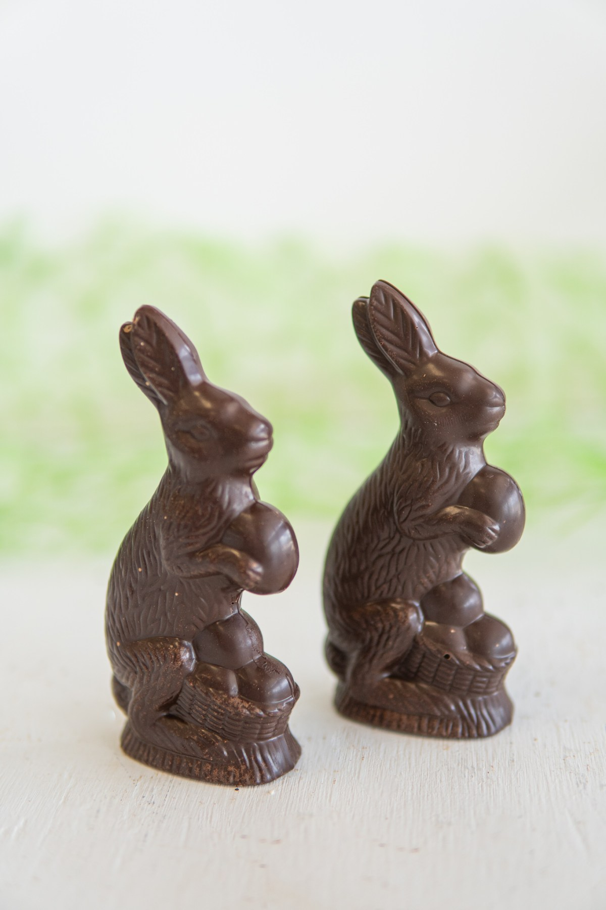 Bunnies Easter Le Petit Paris WG