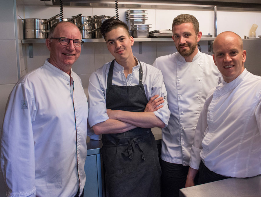 keuken-team-le-restaurantteam-personeel