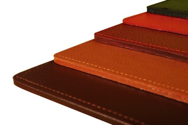 bureau avec elegancetaille s 12 coloris au choix nbsp personnalisation compriselaurigemade in niort parure de bureau 15883 69 00 le site du cuir