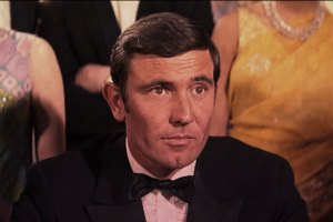 george_lazenby_james_bond