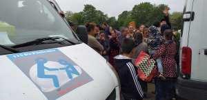 115DP-et partenaires-DIstribution urgence alimentaire camp Rom Vitry_2020 05 03-9