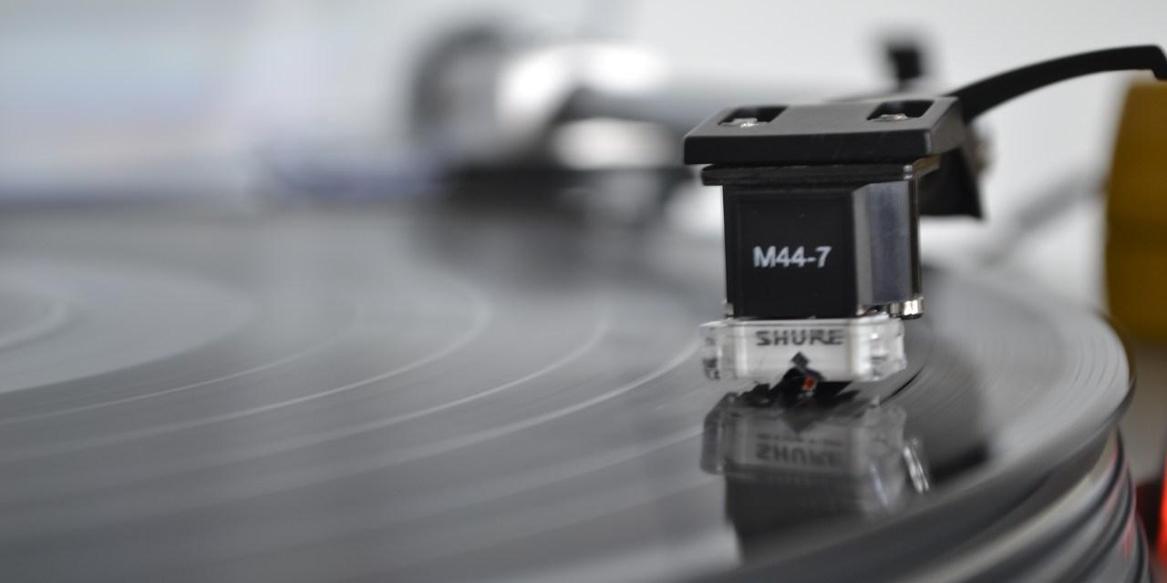 Pourquoi le vinyle a-t-il toujours la cote ?