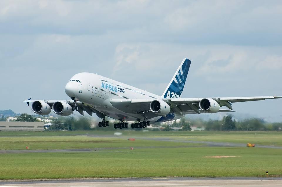 Airbus : Emirates relance l'A380 avec l'achat de 20 avions