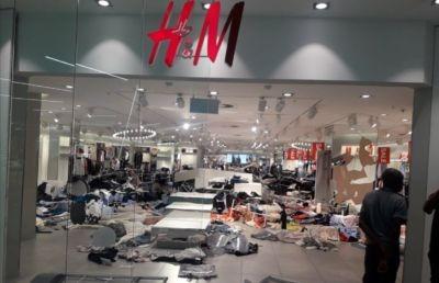 Polémique H&M : des magasins vandalisés en Afrique du Sud