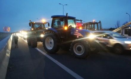 Blocage des agriculteurs à Toulouse, la circulation est compliquée