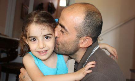 [IMMERSION] L'accueil de deux familles de réfugiés dans l'Aude