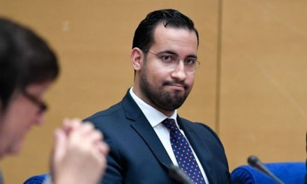 Affaire Benalla : Mediapart remet sept enregistrements à la justice, dont un inédit
