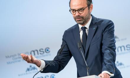 Le bras de fer entre le gouvernement français et les réseaux sociaux