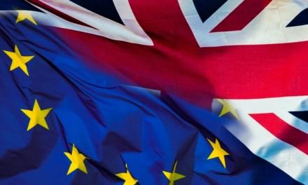 Accord sur le Brexit rejeté, «Fly Rider» à Toulouse… les infos à la mi-journée